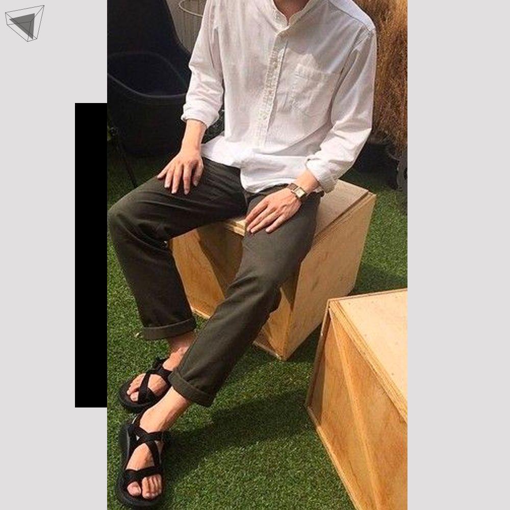 กางเกงชิโนกับเสื้อคอจีน